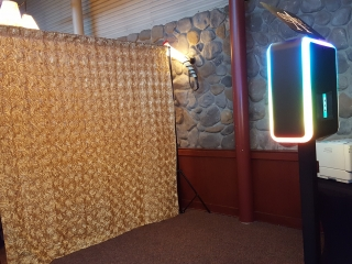 champagne rosette photo booth backdrop